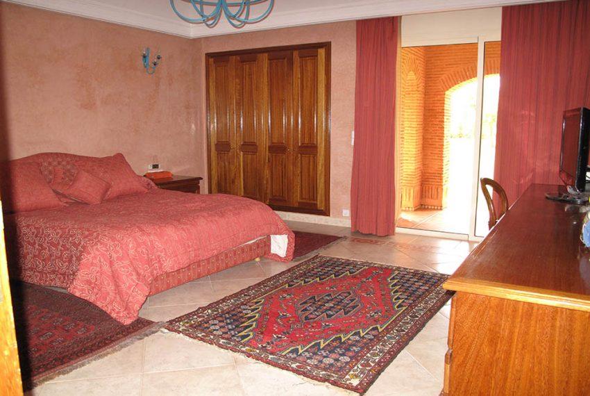 Chambre à coucher RDC8